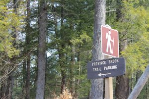 trail parking sign