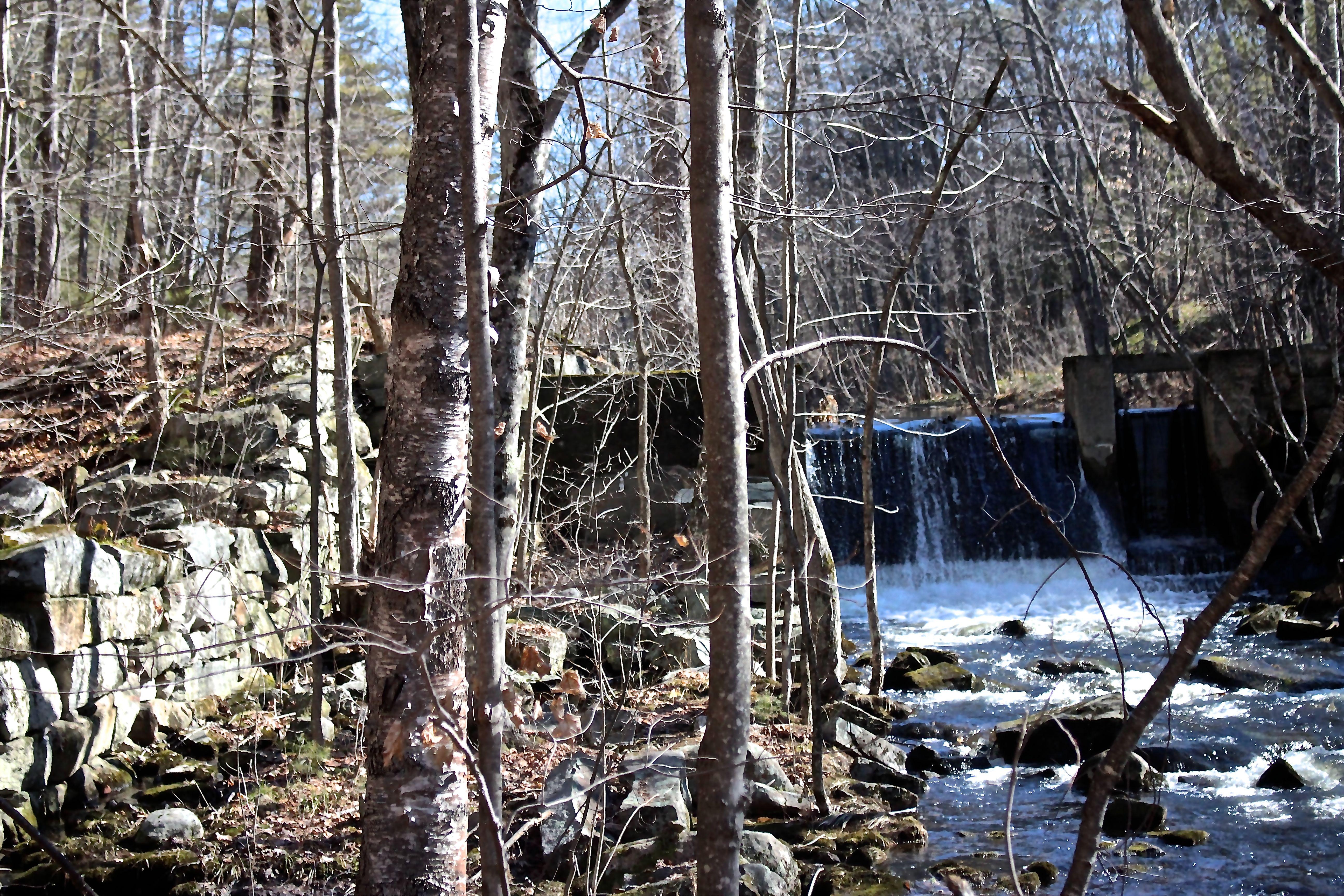 h-mill dam
