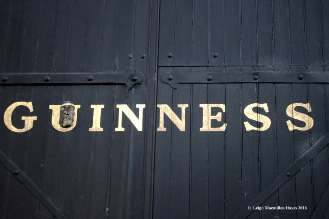 guiness-sign-and-face