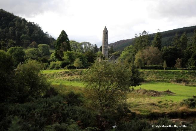 round-tower-glendalough
