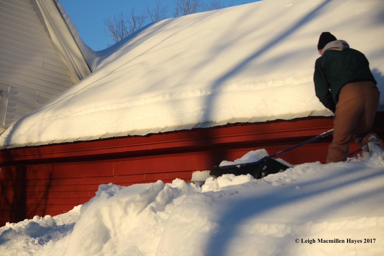 h-roof-shoveling
