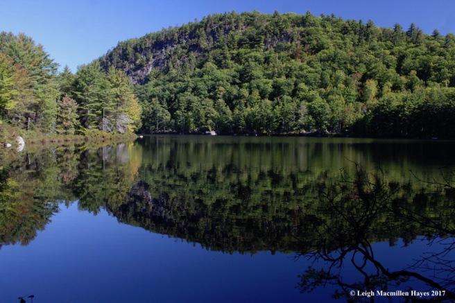 o-overset pond and mountain
