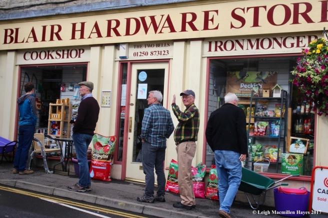 s-hardware store