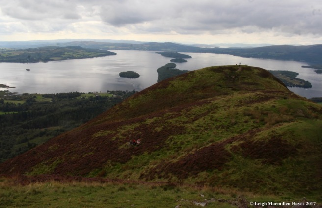 s-Loch Lomond below