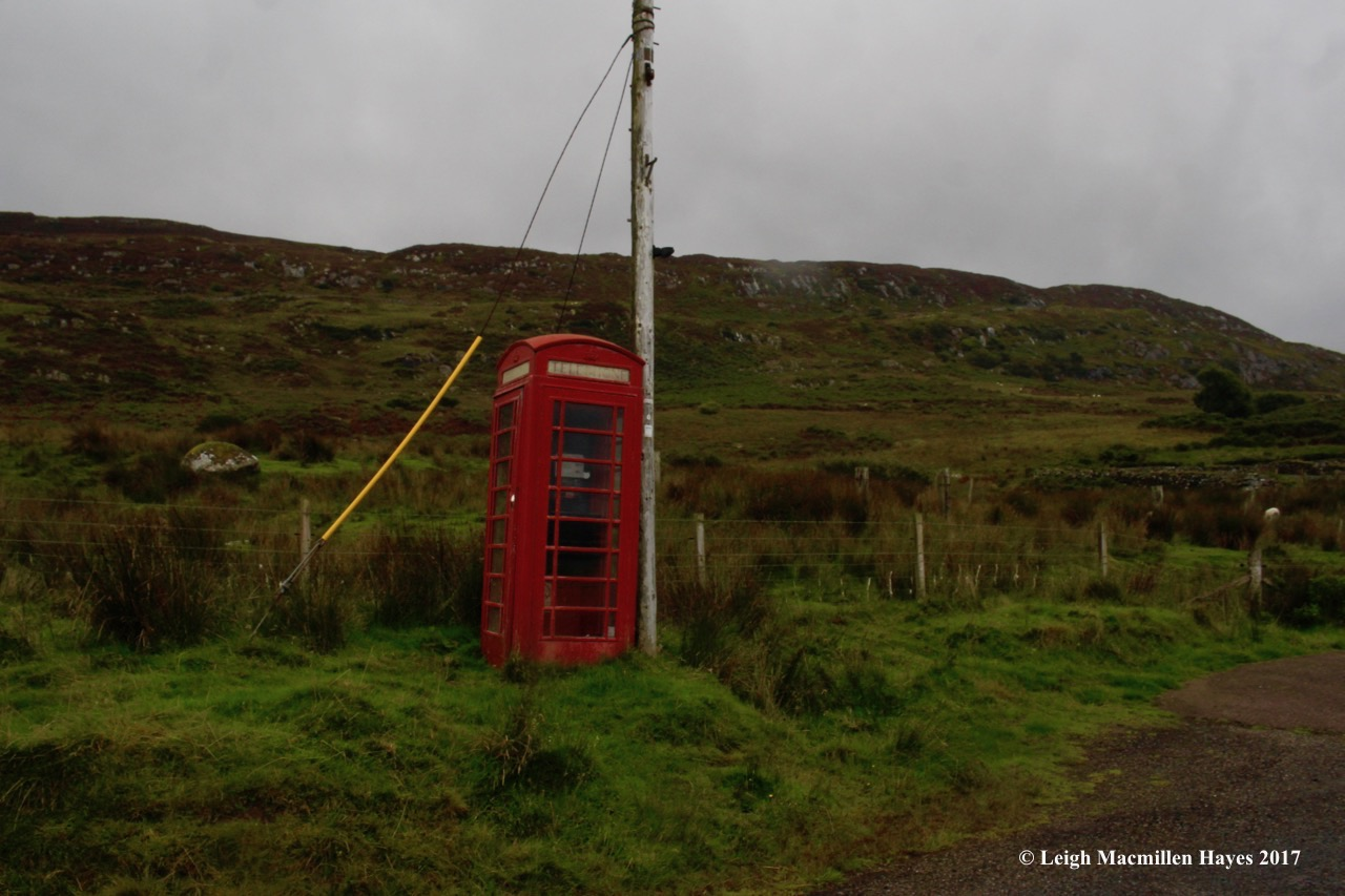 s-phone booth by sween