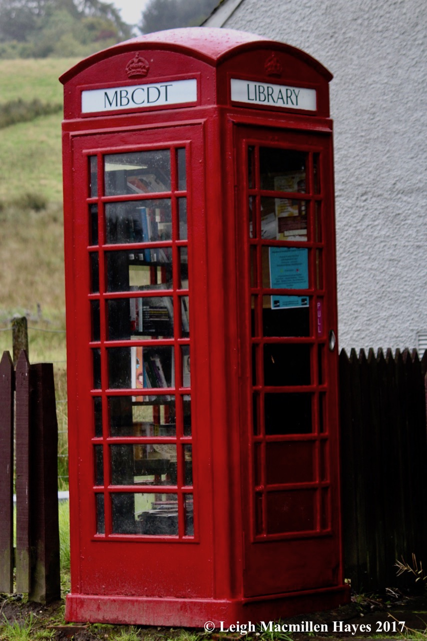 s-telephone booth library1
