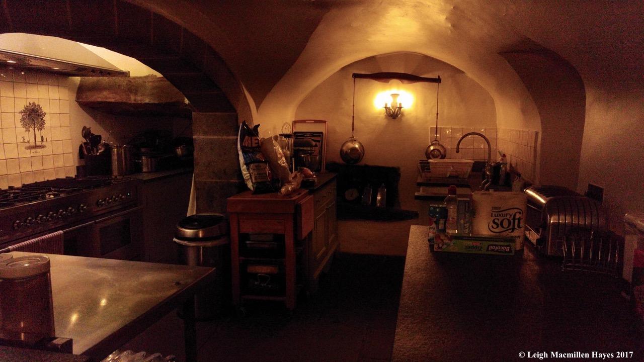 s2-kitchen (1)