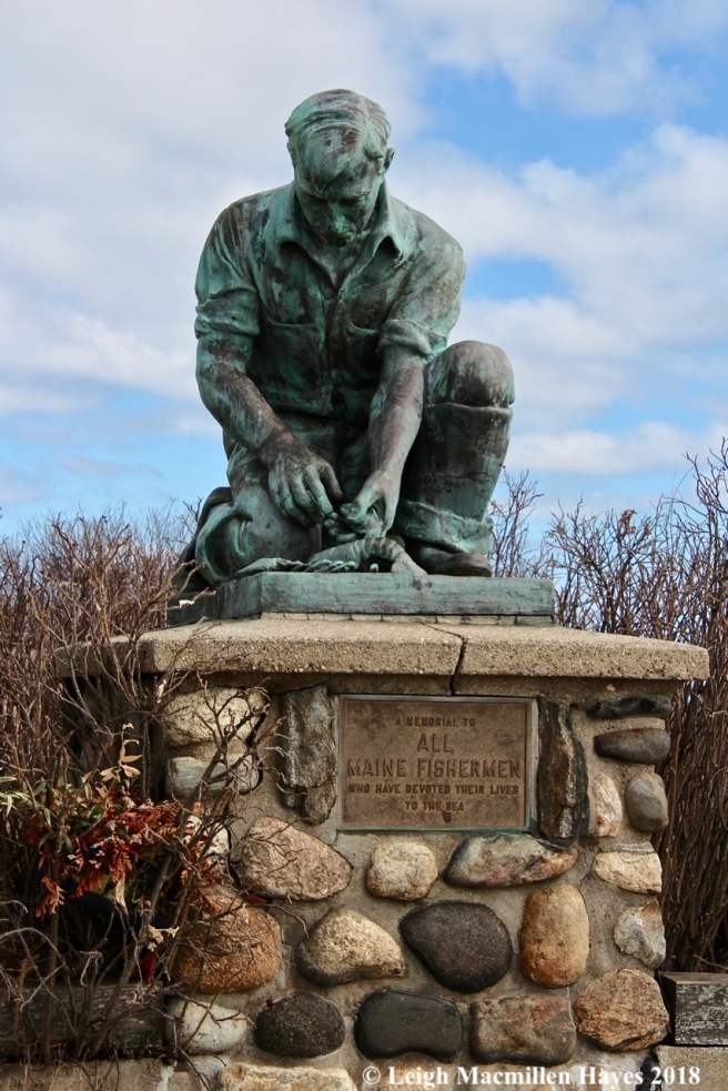 a2-Maine Fishermen monument